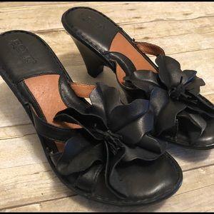 New Born Black Flower slide Sandals Size 8